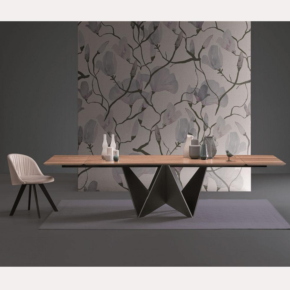 Italienischer Design Tisch Mit Außergewöhnlichem Gestell Olbia