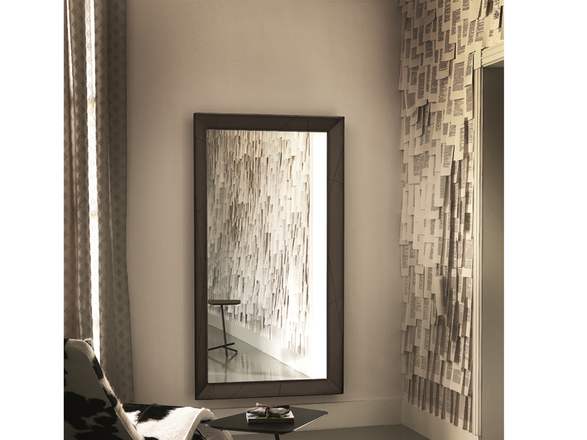cattelan italia spiegel taxedo online kaufen. Black Bedroom Furniture Sets. Home Design Ideas